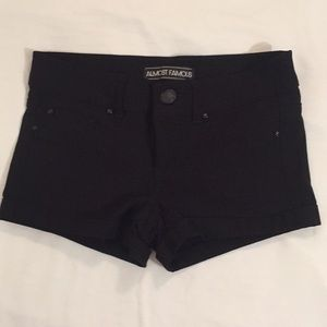 Almost Famous Super Stretch Dress Shorts Black 0